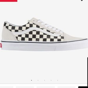 White/Black Checkerboard9